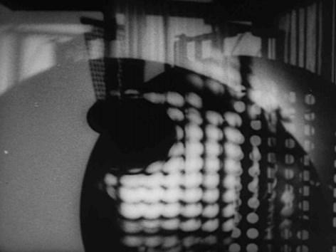 1930 l László Moholy-Nagy l Ein Lichtspiel (Ausschnitt) l (c) Moholy-Nagy Foundation