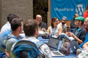 2015-07-14-WordCamp-Montreal-Happiness-Bar