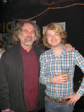 Seattle 06 - hjelm og  Scott McCaughey ,06