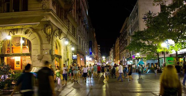 Knez Mihailova By Night