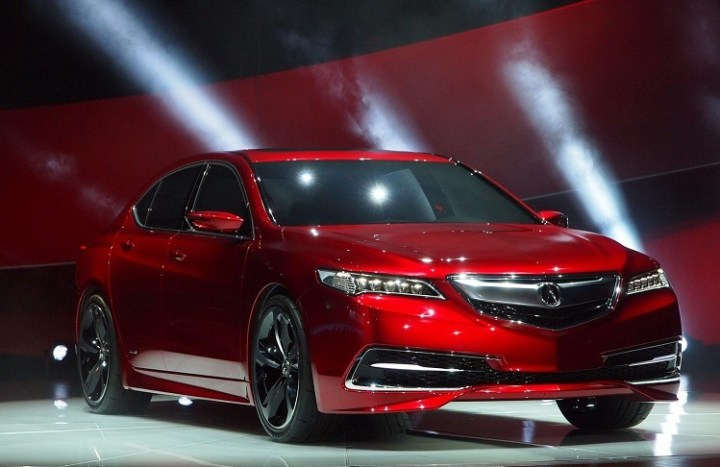 2017 Acura TLX front view
