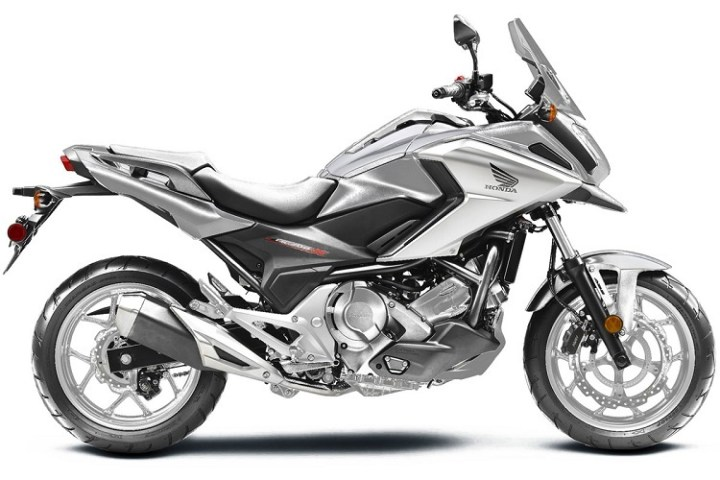 2016 Honda NC700X side view
