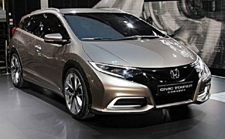 2016 Honda Civic Tourer front view