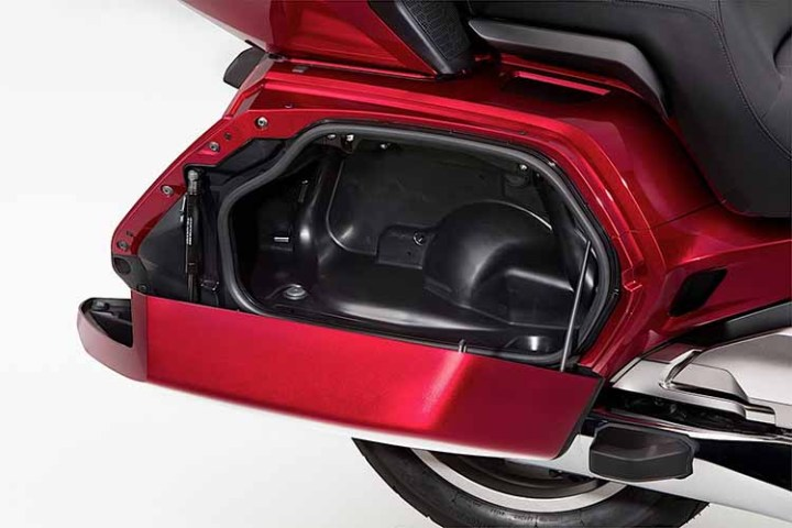 2018 Honda Gold Wing storage