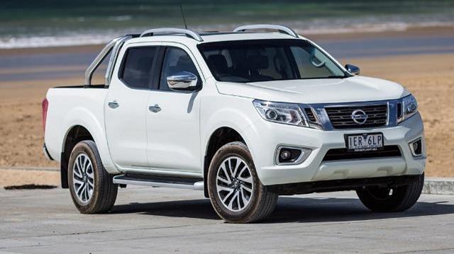 2018 Nissan Navara front view