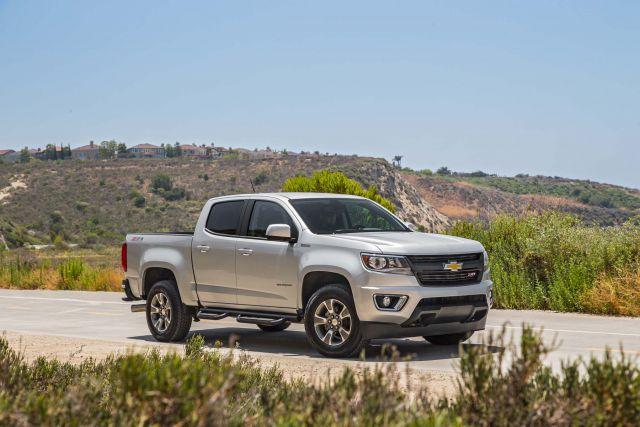 2019 Chevy Colorado front