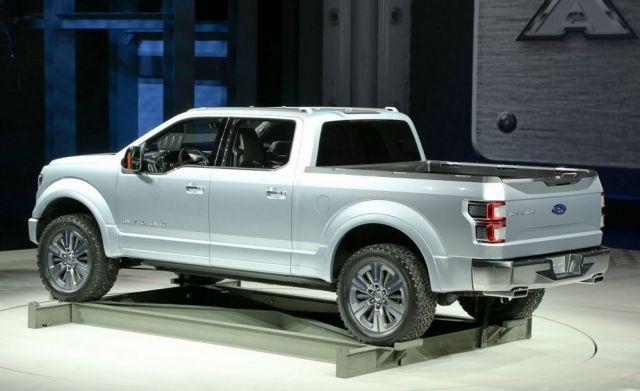 2019 Ford Atlas rear