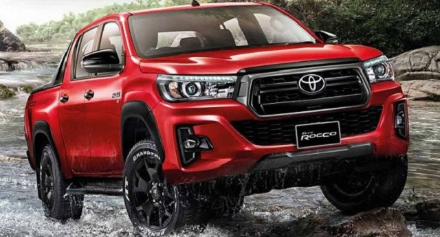2019 Toyota Hilux front view