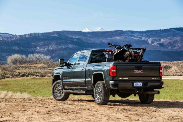 2019 GMC Sierra 2500 rear