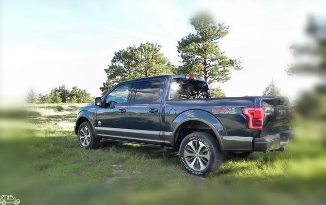 ford   king ranch review towing capacity    trucks