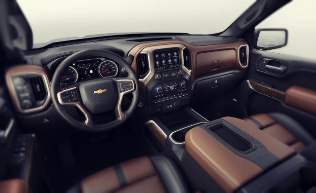2019 Chevy Silverado Hybrid interior