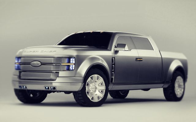 2019 Ford Super Chief front