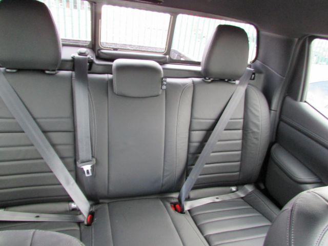 2020 Mercedes-Benz Pickup Truck seats