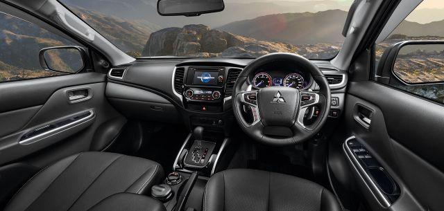 2020 Mitsubishi Triton interior