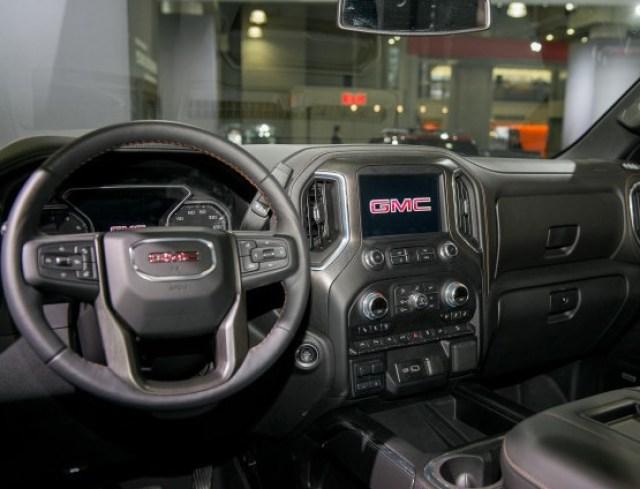 2020 GMC Canyon AT4 interior
