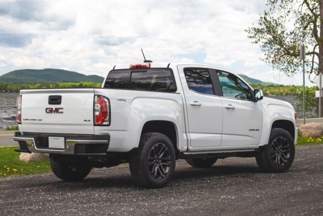 2021 GMC Canyon rear