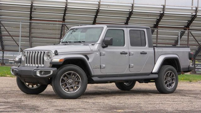 2020 Jeep Gladiator Overland First Look