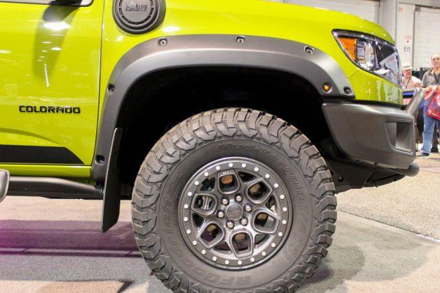 2021 Chevrolet Colorado ZR2 Bison exterior