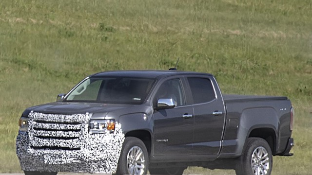 2021 GMC Canyon AT4 spy shots