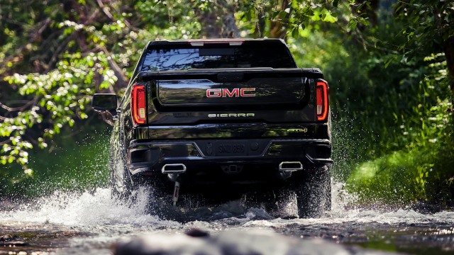2021 GMC Sierra AT4 exterior