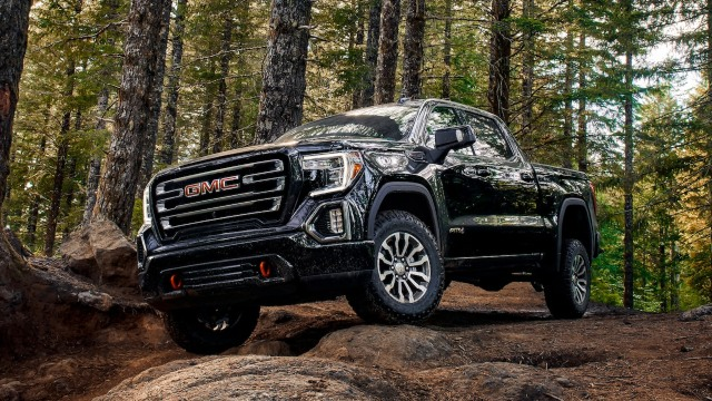 2021 GMC Sierra AT4 facelift