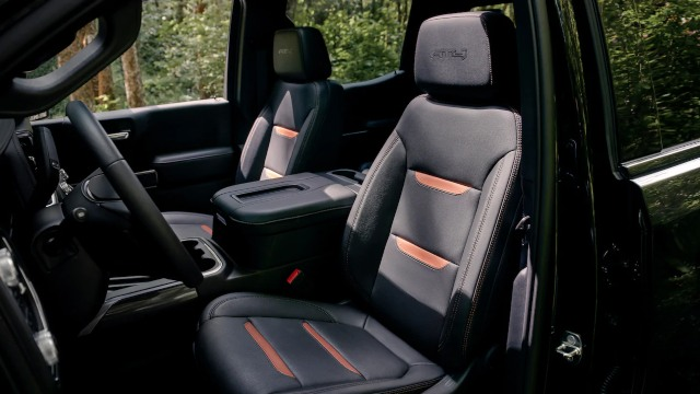 2021 GMC Sierra AT4 interior