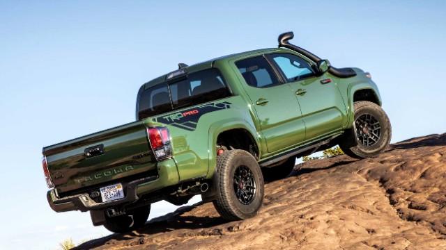 2021 Toyota Tacoma TRD Pro crawl