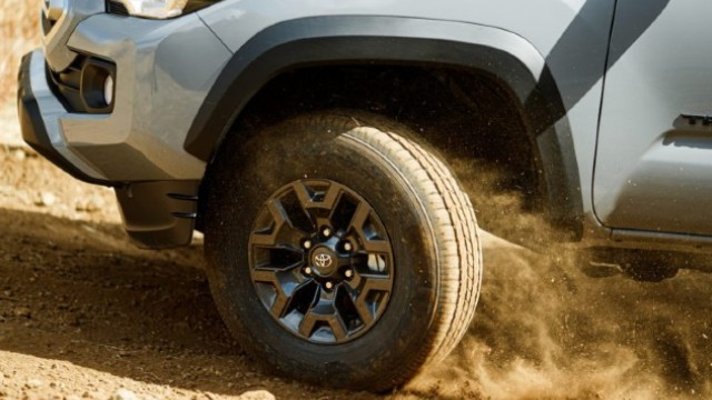 2021 Toyota Tacoma Trail Edition wheels