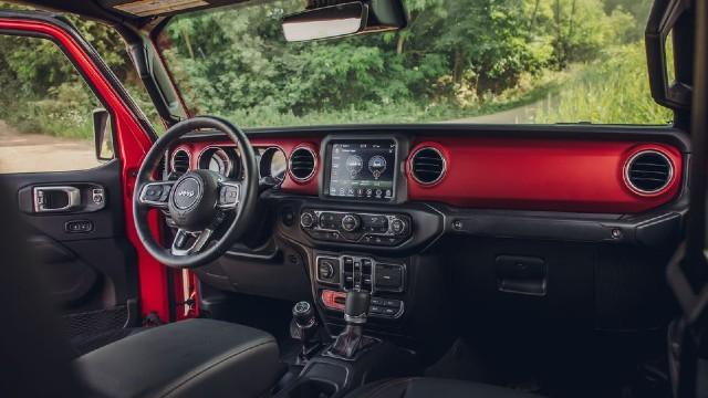 2021 Jeep Gladiator EcoDiesel interior