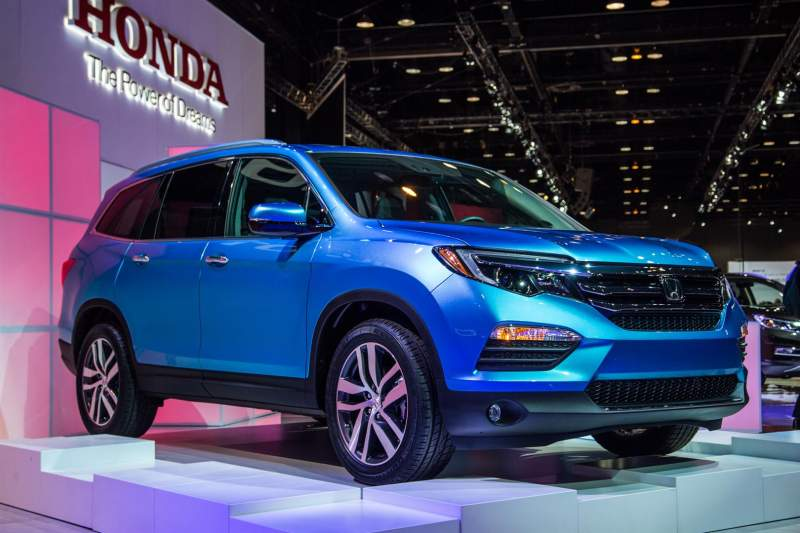 2019 2020 suvs the best sport utility vehicles for 2019 and 2020 model year read detailed. Black Bedroom Furniture Sets. Home Design Ideas