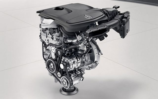 2019 Mercedes-Benz GLA engine
