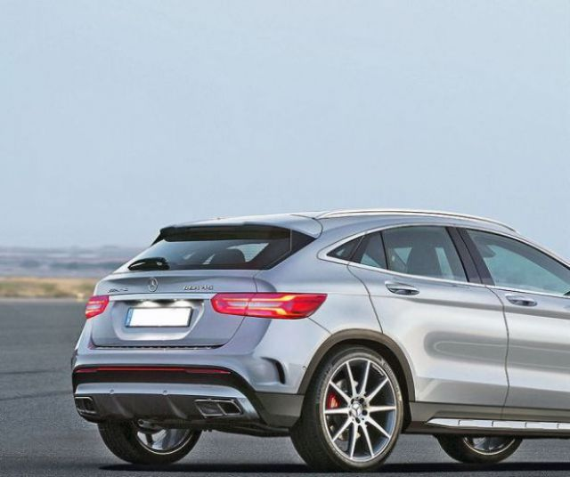 2019 Mercedes-Benz GLA rear | 2019 - 2020 SUVs2019 – 2020 SUVs