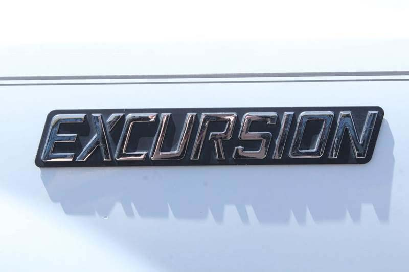 Rumors or Truth? What We Know About 2020 Ford Excursion