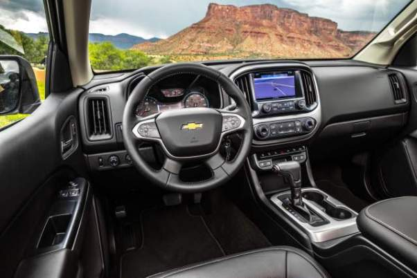 2018 Chevy Colorado Redline interior