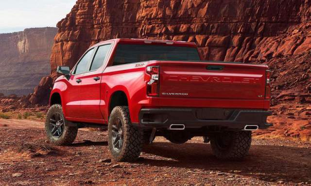 2019 Chevy Silverado 1500 LT Trail Boss rear