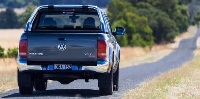 2019 VW Amarok rear