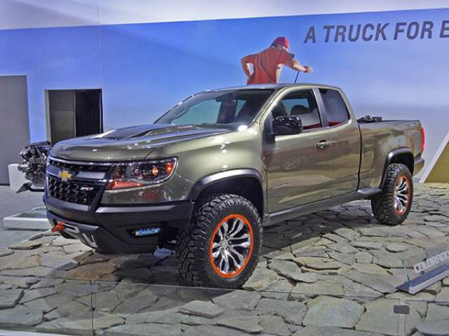 2020 Chevy Colorado ZR2 Prototype debut