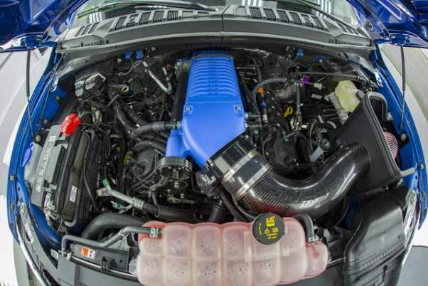 2019 Ford F-150 Super Snake engine