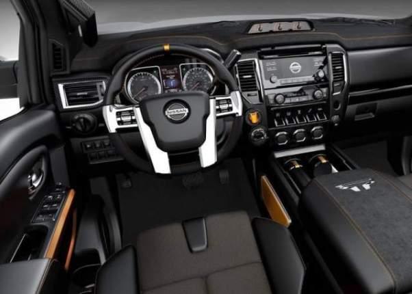 2019 Nissan Titan Nismo interior