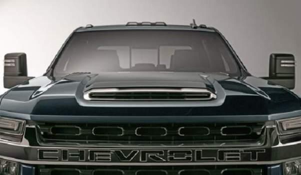 2020 Chevy Silverado 2500 front