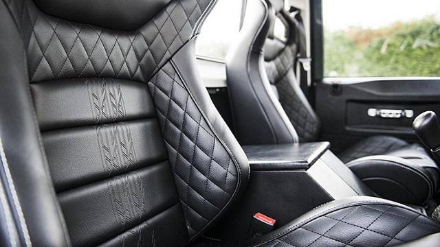 2022 Land Rover pickup interior