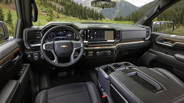 2023 Chevy Silverado 1500 interior