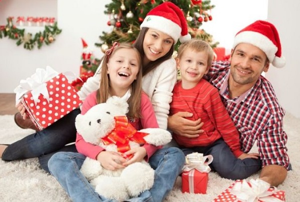 Konkursy na nowy rok 2021 dla rodziny: najbardziej fajny i zabawny nowy rok rozrywki