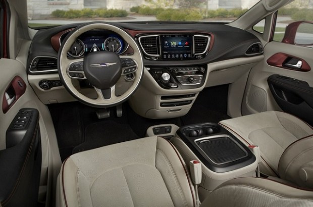 2019 Chrysler Pacifica interior