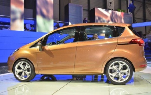 2019 Ford B-Max side view