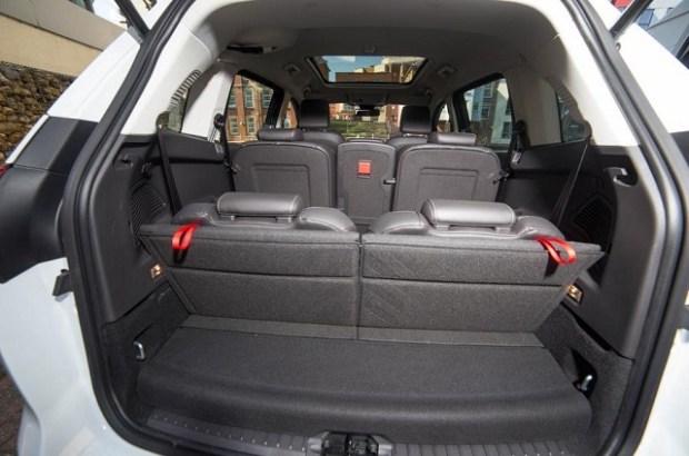2020 Ford Grand C-Max interior