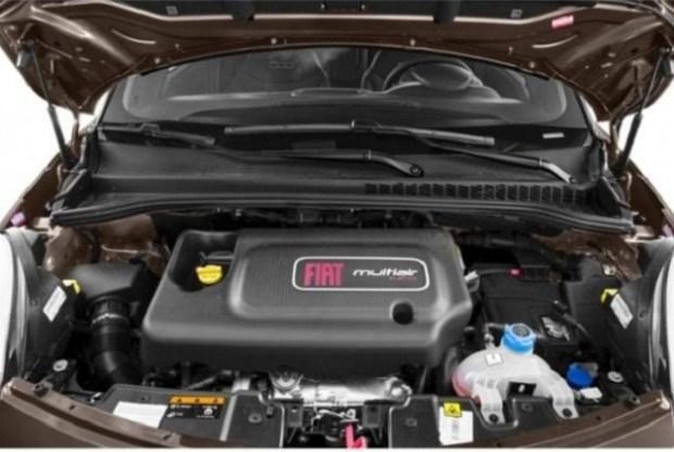 2019 Fiat 500L engine