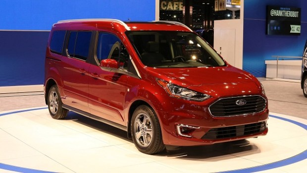 2019 Ford Transit Connect front view
