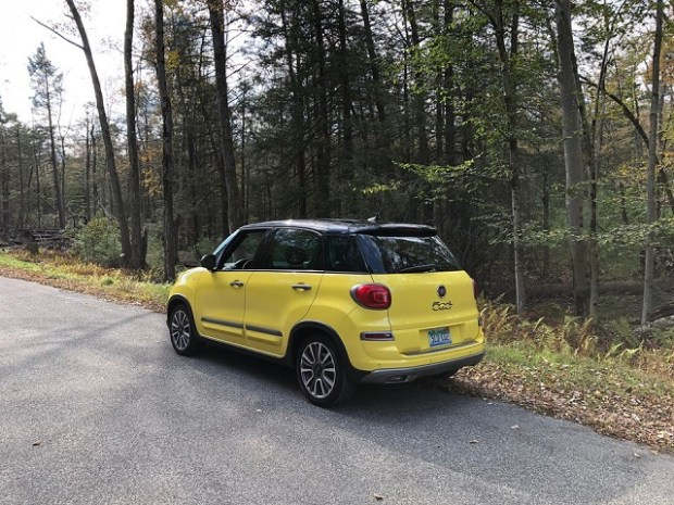 2020 fiat 500l spes features discontinuation  20202021
