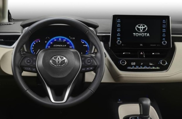 2020 Toyota Verso Interior